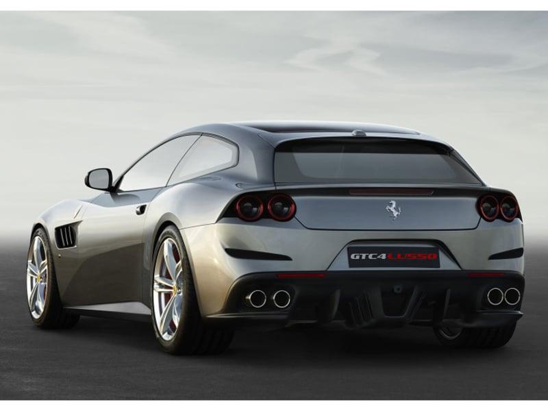 160065-car-Ferrari_GTC4Lusso_r_3_4_LR-932x524