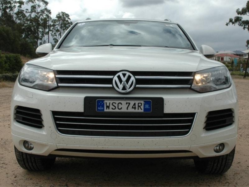 2012-Volkswagen-Touareg-55