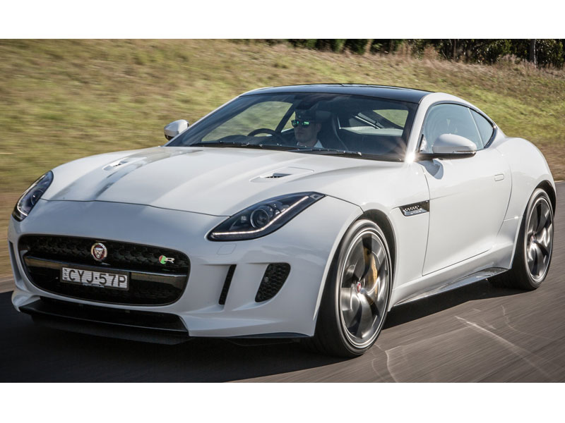 2015-jaguar-f-type-awd-09