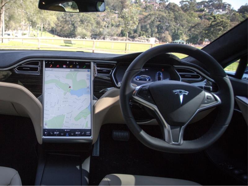 2016-Tesla-Model-S-75d-44