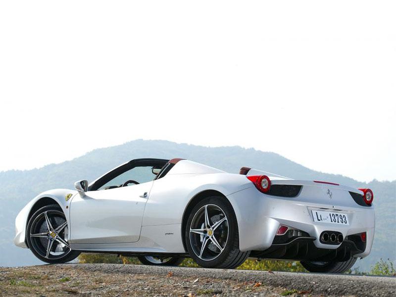 Ferrari 458 Italia Spider (3)