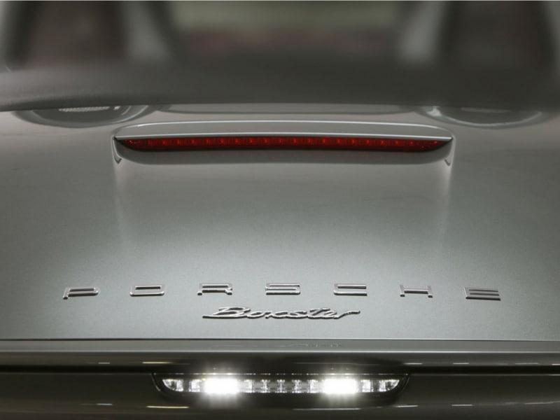 Porsche-Boxster-badge