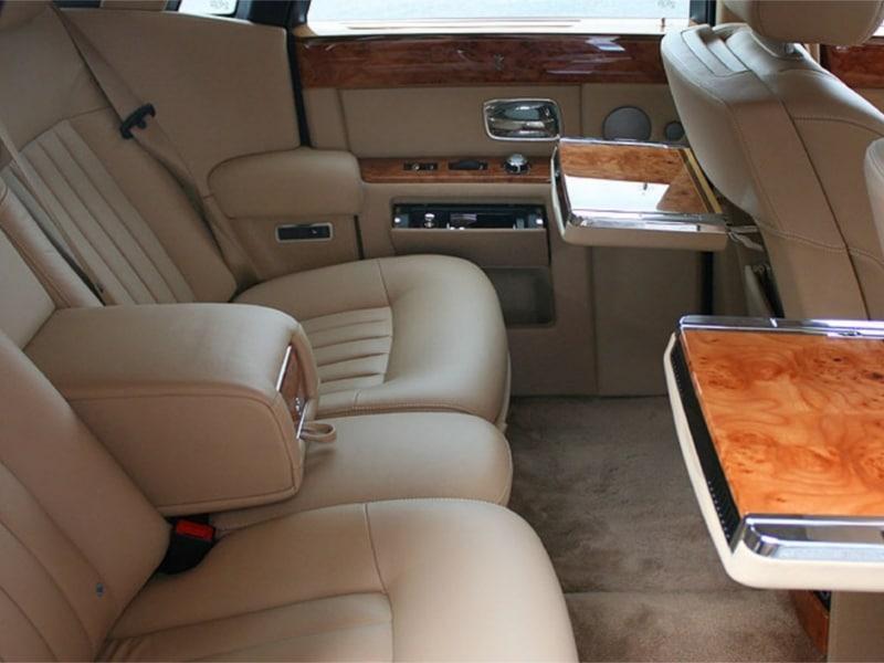 Rolls-Royce-Phantom-11