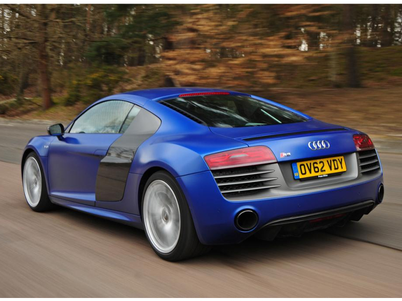 audi-r8-coupe-2-rear-tracking_0_0
