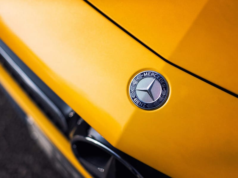 mercedes-amg-gt-s-front-badging
