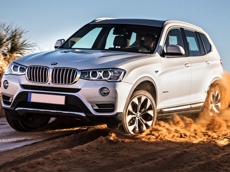bmw-x3-driving-front-sand-dunes_0-e1482236041940