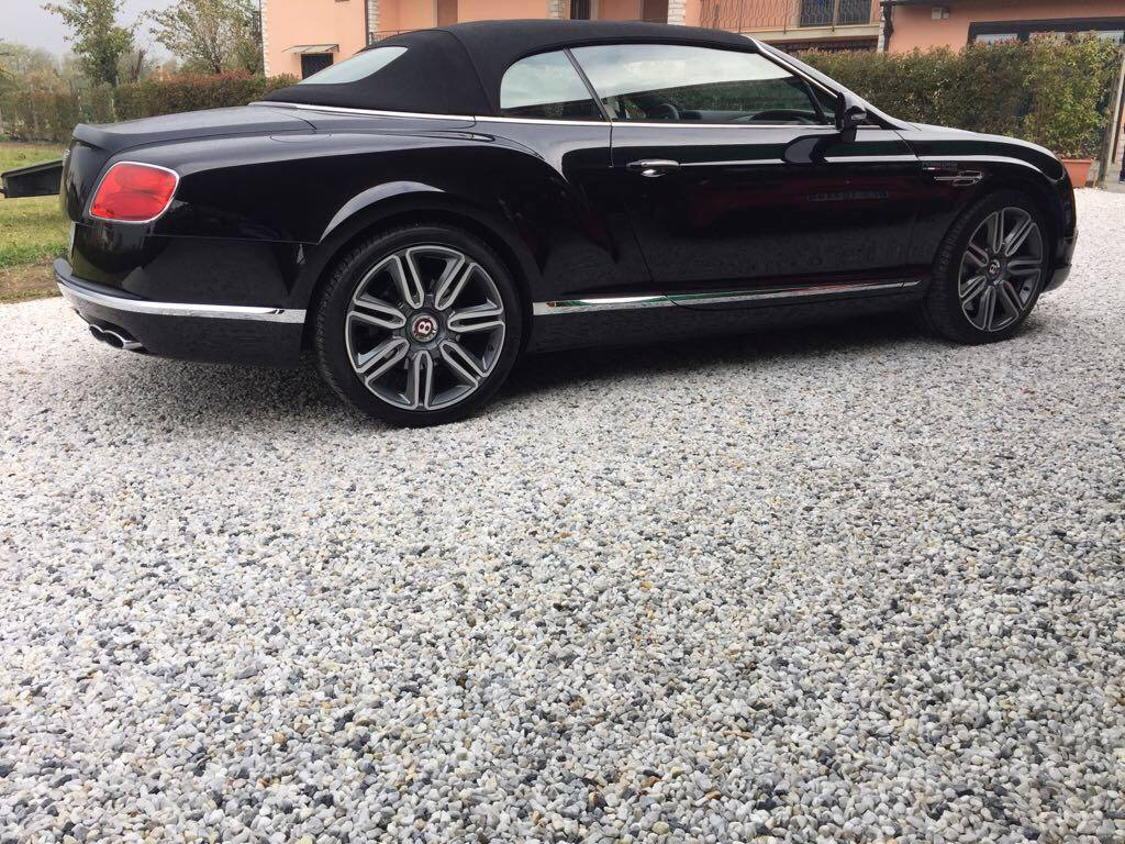 bentley gtc side
