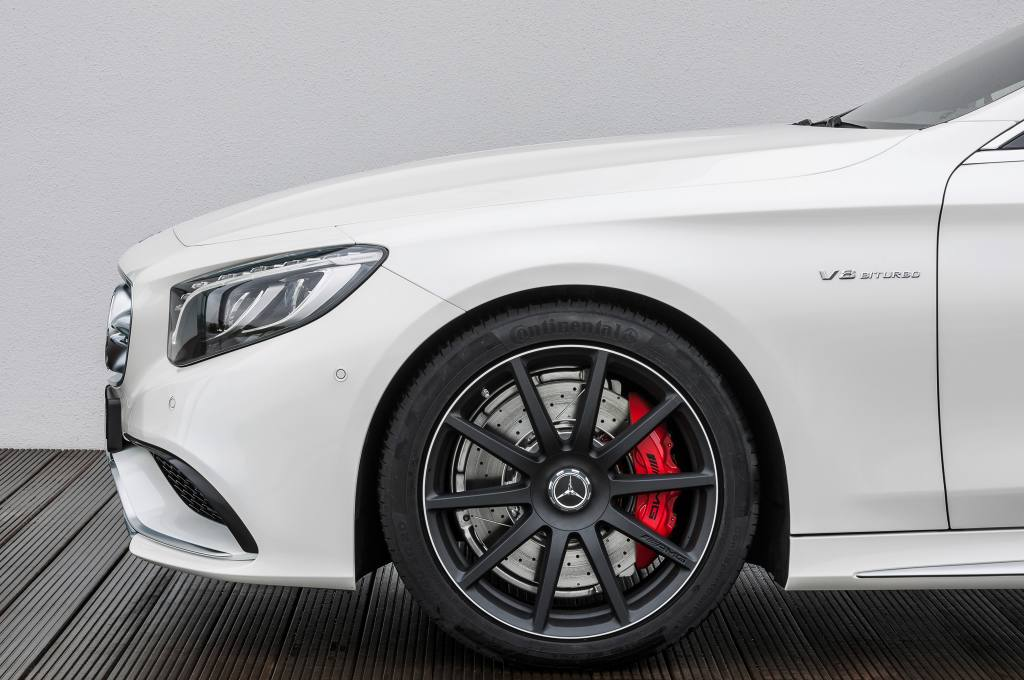 2015-Mercedes-Benz-S63-AMG-4Matic-Coupe-side-view-closeup