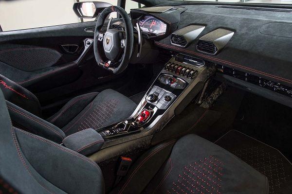 Lamborghini Huracan Performante..