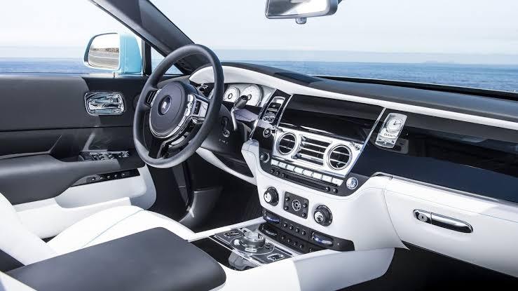 Rolls Royce Dawn..
